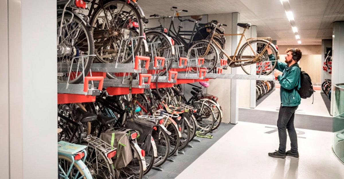 http://www.payparking.com.br/wp-content/uploads/2019/09/estacionamento-bike-holanda-face.jpg