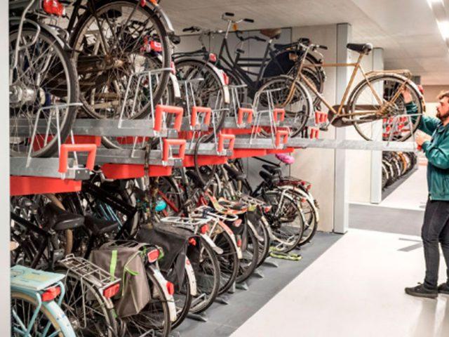 http://www.payparking.com.br/wp-content/uploads/2019/09/estacionamento-bike-holanda-face-640x480.jpg