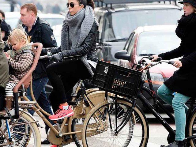 http://www.payparking.com.br/wp-content/uploads/2021/01/cidades-bicicletas-do-que-carros-640x480.jpg