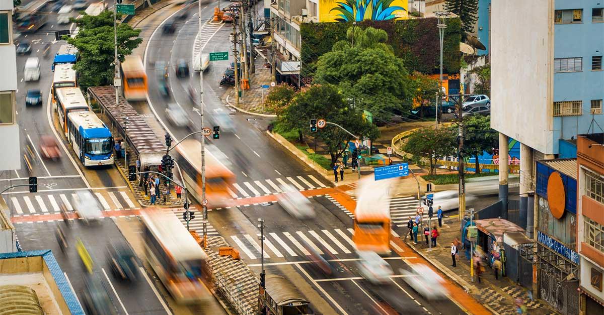 http://www.payparking.com.br/wp-content/uploads/2021/06/cidades-inteligentes-melhorar-mobilidade-urbana.jpg